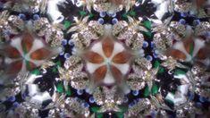 Kaleidoscope Shinto Mantra 万華鏡「たえぬ煙は …」