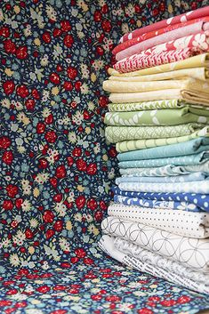 Choosing fabrics for a quilt by Fresh Lemons Quilts