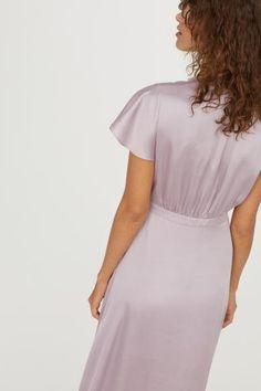 97db34be998f Lange satijnen jurk - Lichtpaars - DAMES