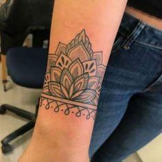 Best Of origami Lotus Tattoo - Best Tattoos Trendy Tattoos, New Tattoos, Small Tattoos, White Tattoos, Arrow Tattoos, Word Tattoos, Temporary Tattoos, Origami Tattoo, Diy Tattoo