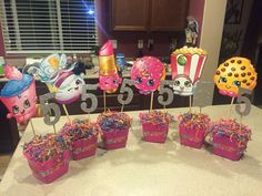 Most current Images Shopkins centerpiece … - Modern Style Baby can be 1 now plus you're ready party ! 🙂 For mommies, the primary year goes over very qu Fete Shopkins, Shopkins Bday, Shopkins Party Ideas, 9th Birthday Parties, Birthday Fun, Birthday Ideas, Party Fiesta, Bday Girl, Party Centerpieces