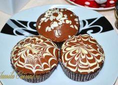 Briose cu ciocolata – reteta video Romanian Food, Romanian Recipes, Cacao Beans, Art Drawings For Kids, No Cook Desserts, Cookie Recipes, Deserts, Muffin, Cookies