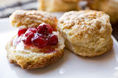 Homemade Milk 'N Honey Biscuits topped with Grand Marnier-Spiked Cranberry and Pear Compote Best Scone Recipe, Afternoon Tea Recipes, Homemade Pastries, Dessert Recipes, Desserts, Dessert Sauces, Thumbprint Cookies, Postres, Dessert