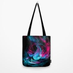 Another great gift idea for the holiday season, tote bags are a relatively inexpensive gift that are fashionable and functional!  #ToteBags #TheVisitor