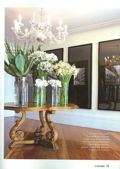 Gorgeous floral display for foyer, so Four Seasons Paris Entryway Round Table, Modern Entry Table, Foyer Table Decor, Entry Foyer, Table Decorations, Entryway Ideas, Round Tables, Centerpieces, Shabby Chic Entry Table