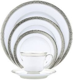 Noritake Crestwood Gold 20 Piece Dinnerware Set, Service for 4 Dinnerware Sets For 12, Holiday Dinnerware, Square Dinnerware Set, China Dinnerware, New Years Eve Table Setting, Noritake, China Porcelain, Place Settings, Gold Bands