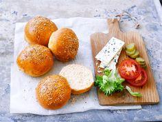 Kuohkeat hampurilaissämpylät