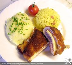 Cordon bleu mit Püree Cordon Bleu, French Toast, Grains, Rice, Meat, Breakfast, Food, Ham And Cheese, Food And Drinks