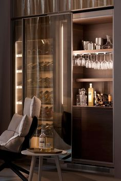In-Home Bar Design-Build Inspiration: Repin by Mannino Design, an architect-led design-build firm in the greater New York Metro area that caters to career-driven couples with impeccable taste for their homes. Modern Bar Cabinet, Home Bar Cabinet, Modern Home Bar Designs, Home Bar Areas, Home Cinema Room, Luxury Bar, Bar Interior Design, Muebles Living, Mini Bars