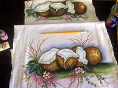 Pintura em tecido:  coco maduro.