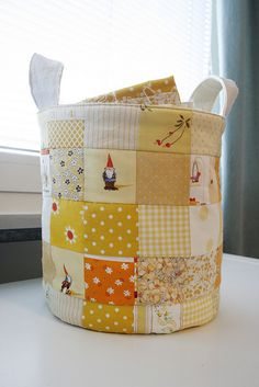 Patchwork basket- would love to make some of these in JP fabrics.