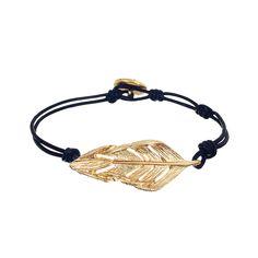 Sculpted Feather Leather Wrap Bracelet Check out my boutique! Thank you! https://www.chloeandisabel.com/boutique/bekahbibb