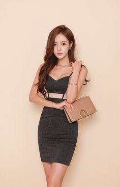 ENINO采集到孙允珠 ④ Cute Asian Fashion, Japanese Fashion, Korean Fashion, Basic Outfits, Korean Outfits, Teen Fashion, Womens Fashion, Beautiful Asian Women, Sexy Asian Girls