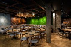 Murakami Restaurant by Seventh Studio, London – UK Modern Restaurant, Restaurant Design, Visual Merchandising, Luxury Cafe, Resturant Interior, Uk Retail, Long Sofa, Branding, Design Furniture