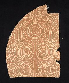 1700–1899 Culture: Russian Medium: Linen Dimensions: 19 1/2 x 13 1/2 in. (49.5 x 34.3 cm) Classification: Textiles Credit Line: Brooklyn Museum