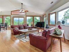 Smoky Mountains Cabins, Rental Property, Mountain View, Swimming Pools, Tub, Sleep, Pets, Bedroom, Swiming Pool