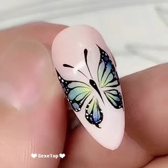 Nail art with butterfly Design Tutorials, Nail Tutorials, Nail Art Designs Videos, Nail Art Videos, Flower Nail Designs, Cute Nail Designs, Nail Drawing, Gel Acrylic Nails, Acrylic Art