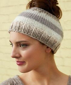 Ravelry: Striping Messy Bun Hat pattern by Laura Bain Messy Bun Knitted Hat, Ponytail Hat Knitting Pattern, Knitted Headband, Knitted Hats, Crochet Hats, Free Crochet, Knit Crochet, Free Knitting, Knitting Patterns