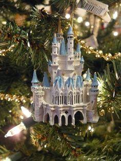 Disney World Cinderella Castle Ornament Disney Christmas Ornaments, Hallmark Ornaments, Very Merry Christmas, Christmas Time, Christmas Wedding, Disney Dream, Disney Style, Disney Magic, Walt Disney