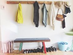 Love the simple strip of wood with hooks for costumes (playroom) Entry Hallway, Entryway, Entrance Ways, Beautiful Space, Beautiful Interiors, Own Home, Home Decor Inspiration, Mudroom, Decoration