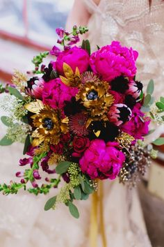 gold fuschia wedding bouquet / http://www.deerpearlflowers.com/fuchsia-hot-pink-wedding-color-ideas/