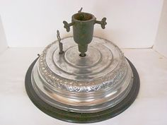 ANTIQUE REVOLVING MUSICAL CHRISTMAS TREE STAND