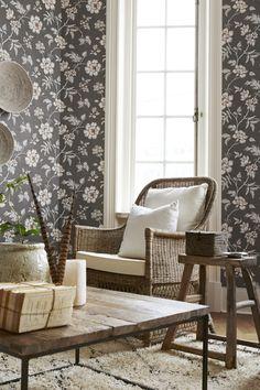 3001 BT CollectedMemories Livingroom Detail2