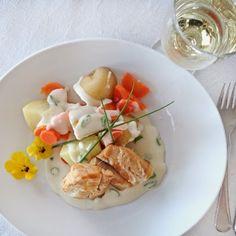 tessas design: Røkt torsk med hvit saus Potato Salad, Potatoes, Chicken, Meat, Ethnic Recipes, Design, Beef, Potato, Design Comics