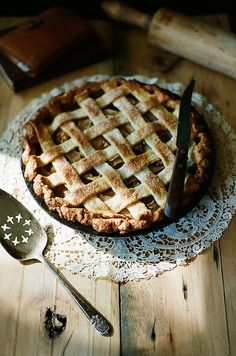Spiced pear, gorgonzola, and toasted walnut pie in a buttermilk leaf lard crust: a pie party Walnut Pie, Local Milk, Spiced Pear, Sweet Pie, Sweet And Salty, Just Desserts, Biscuits, Sweet Tooth, Food Photography