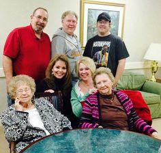 Greg, Steve, Chris, Tidge, Tammy, Malinda and Aunt Stella (Feb 2015)