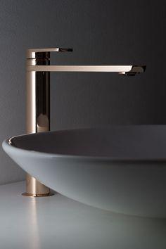 Bathroom Long Neck Waterfall Basin Shower Bath Tall Filler Mixer Taps Cloakroom