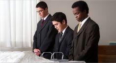 Muss man Vollmacht haben um das Abendmahl zu segnen und auszuteilen - am Tisch des Herrn zu dienen?