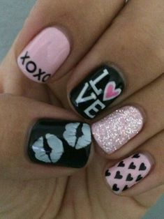 Easy Valentine's Day Nail Art Ideas Valentine's Day is one of the special days in every lover's life. So why not dress up your nails with cute nail art too? Here are some easy-to-do nail art ideas for Valentine's Day. Frensh Nails, Nails 2014, Love Nails, Acrylic Nails, Pink Nails, Sparkly Nails, Stiletto Nails, Black Nails, Matte Nails