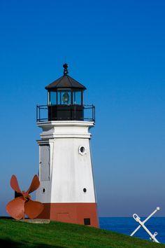 Vermilion LighthouseLake ErieinVermilion south of Tillamook BayOhio US41.424667, -82.366583  Postcard shot by Jim Brewer, via 500px