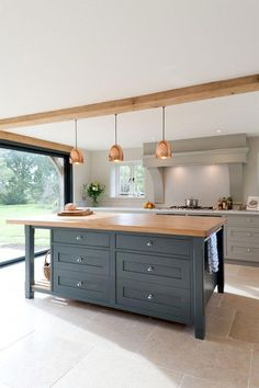 Kitchen Island Ideas - Customize a kitchen area island to fit your individual design, and make it even more satisfying to prepare and amuse. #kitchenislandideas #kitchenideas #kitchenislandsmalloverhang #kitchenideasdream
