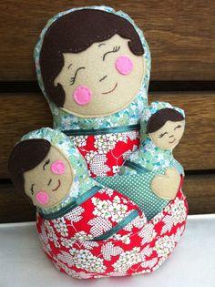 Babushka Nesting Dolls Set by LaurasBlueWren (pattern by DollsAndDaydreams)