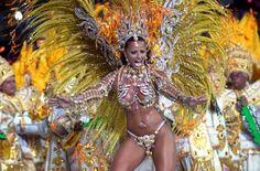"""Apesar de iniciado """"oficialmente"""" na sexta-feira gorda, o carnaval de rua carioca começa já em novembro quando as escolas de samba da cidade passam a ..."""