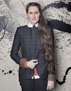 "The french artist Fabienne Verdier Photo by Nicolas Guiraud. Love her and her fantastic book "" Passagère du silence"""