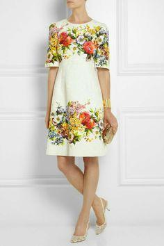 Chic Dolce Gabbana Jacquard Dress 40 IT, Women Dresses from top store Brocade Dresses, Jacquard Dress, Dress Skirt, Dress Up, Mode Chic, Motif Floral, Floral Fashion, Fashion Beauty, Womens Fashion