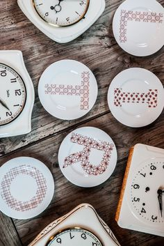 Lettere alphabet side dishes - €13   http://www.dishesonly.com/products/lettere-side-plates