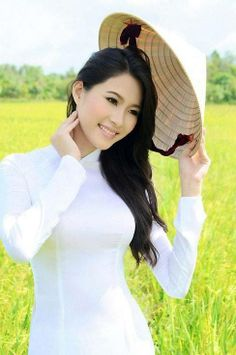 Hi, how can I get out of this rice field ?