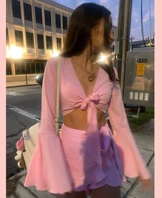 Summer Fashion Tips .Summer Fashion Tips Namrata Girly Outfits, Cute Casual Outfits, Pretty Outfits, Teen Party Outfits, Baddie Outfits Party, 2000s Fashion, Look Fashion, Fashion Outfits, Korean Fashion