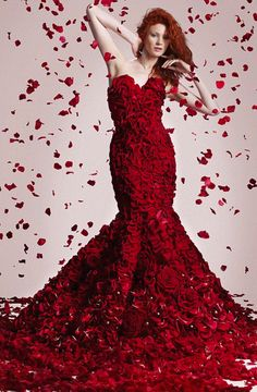 Asda gown made from 1,725 flowers