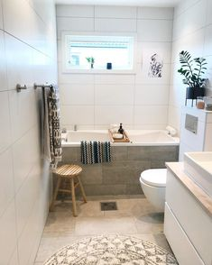 indbygget badekar Alcove, Bathtub, Bathroom, Instagram, Home Decor, Ideas, Standing Bath, Creative, Washroom