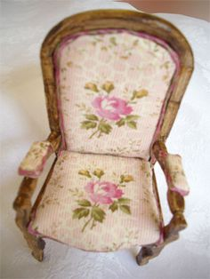 """How to: The chair """"Voltaire"""" - sylvie-miniature"""