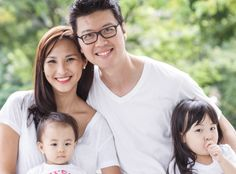 Today we have Michelle, the very beautiful and inspiring blogger from The Chill Mom blog. Michelle has 2 beautiful children and it's thanks to her kids Michelle started her blog. You will find a very open and honest look into the life of a mom and Michelle believes that a mom who enjoys her …103