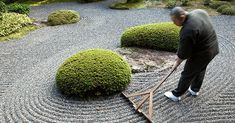 A rock garden is raked daily to allow the zen to flow Japanese Rock Garden, Zen Rock Garden, Zen Garden Design, Japanese Garden Design, Landscape Design, Japanese Gardens, Zen Gardens, Jardin Zen Interior, Garden Rake