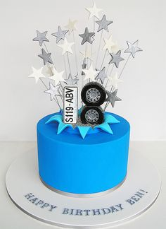 Mens tiered cake INSPIRATION DE GTEAUX Pinterest Tiered
