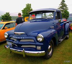 old trucks chevy 1954 Chevy Truck, Classic Chevy Trucks, Chevrolet Trucks, Classic Cars, Classic Chevrolet, 1957 Chevrolet, Chevrolet Impala, Classic Style, Chevy 3100