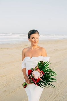10 Colors of Love Flower Moments - OBX Wedding Association